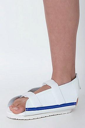Me exibindo com sandalia alta de salto cristal - 5 2
